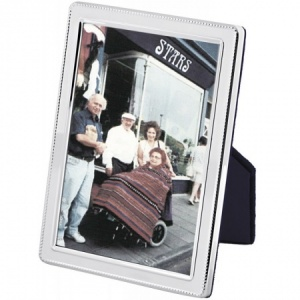 Beaded Border Photo Frame, Sterling Silver 4 x 5 cm (1.5 x 2 inch)
