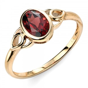 Ladies Celtic Style Garnet Set 9ct Gold Ring, Yellow Gold